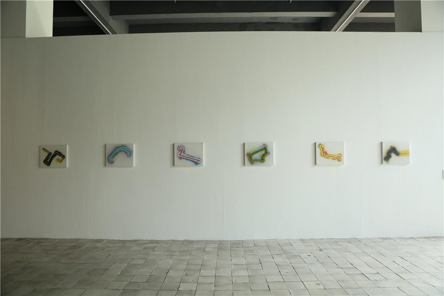 展览现场8-徐震,《运动》系列-1